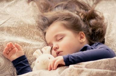 El conejito que quiere dormirse