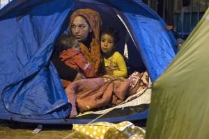 Refugiados sirios en París (Joel Saget. AFP)