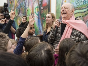 Dario Fo durante un encuentro con escolares al sur de Suiza, en 2014 / Efe