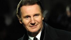 Un monstruo viene a verme. Liam Neeson pone la voz al monstruo.