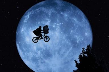 E.T., el extraterrestre, cumple 35 años