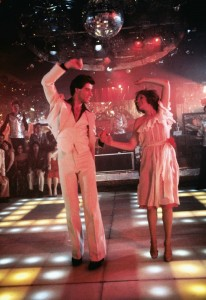 John Travolta and Karen Lynn Gorney en Fiebre del sábado noche (1977)