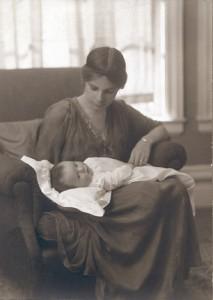 Dorothy Burlingham y su hijo, 1915