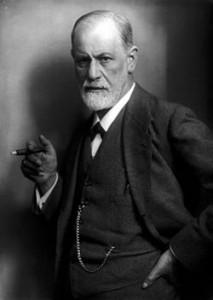 Fotografía de Sigmund Freud fumando en 1922, por Max Halberstadt.