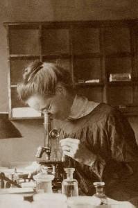 NETTIE STEVENS ● Genetista. Imagen de 1909