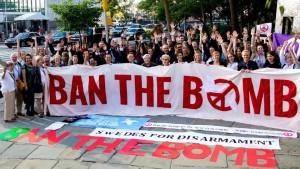 """""""Vivimos en un mundo donde el riesgo de que se utilicen las armas nucleares es más alto de lo que nunca fue"""", declaró la presidenta del Comité Noruego del Nobel, Berit Reiss-Andersesen. Foto: Facebook ICAN"""