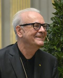 Patrick Modiano, nacido el 30 de julio de 1945, es un novelista francés, ganador del Premio Nobel de Literatura en 2014. En esta imagen está en Estocolmo durante la conferencia de prensa de la Academia Sueca, el 6 de diciembre de 2014.