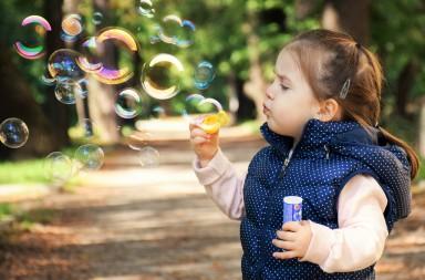 Experimentos y manualidades para niños