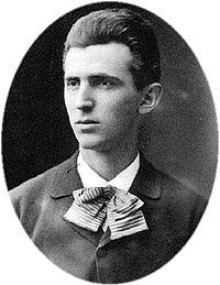 Nikola Tesla en 1879, a la edad de 23 años.