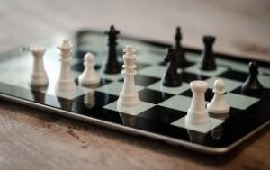 ¿Puede un ordenador jugar perfectamente al ajedrez?