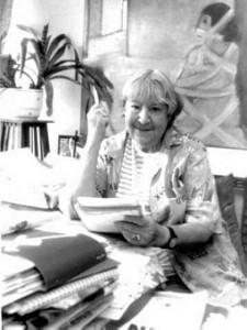 Gloria Fuertes siempre se sintió querida por la gente, y la aceptación de su popularidad no era vanidad, sino la necesidad afectiva de una persona especialmente sensible