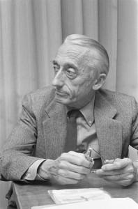 El comandante Cousteau en 1972 en La Haya durante una conferencia.