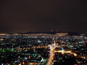 Escena nocturna de las ciudades. © ONU-Hábitat
