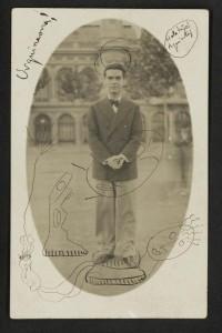 Fotografía que Lorca envió a Dalí de su paso por la Plaza de Urquinaona de Barcelona en 1927 (Donada por Anna María Dalí al Museo Casa Natal FGL de Fuente Vaqueros)