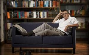 El escritor aragonés Ismael Grasa reivindica el heroísmo de lo cotidiano.