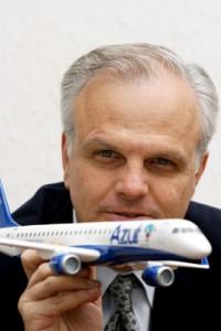 Personas famosas que han reconocido tener TDAH | David Neeleman - Fundador de la compañía aérea JetBlue