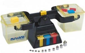 Juegos para aprender matemáticas   Balanza de sólidos y líquidos   De 7 a 9 años